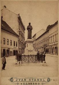 Spomenik Andriji Kačiću Miošiću : Mesnička ulica / Ivan Standl