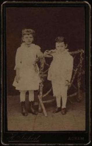 Portret djevojčice i dječaka / Herrman Fickert